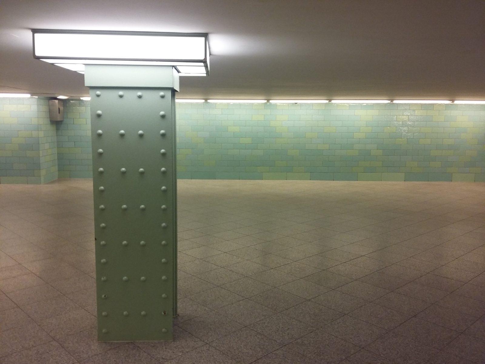 Strassenbahn_Berlin_Untergrund