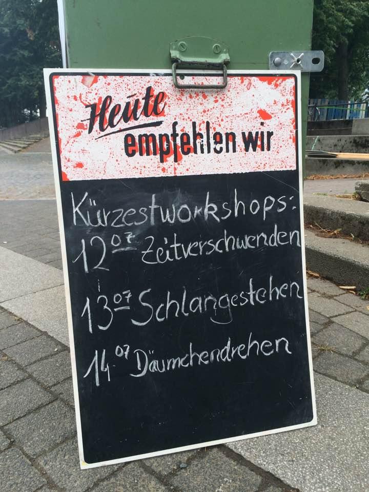 Wart_Warten_Kunst_des_Wartens_Servicekomplizen_Servicepioniere