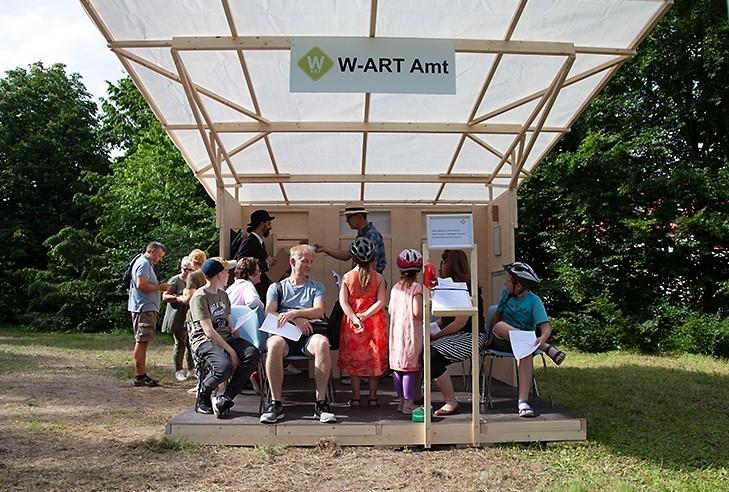 Servicepionier_Warten_Kunst_Armin_Nagel_W-ART Amt